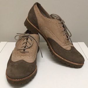 Sperry suede oxfords